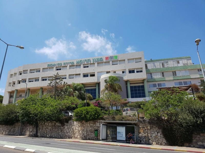 בניין בית אבות מעון הרופא
