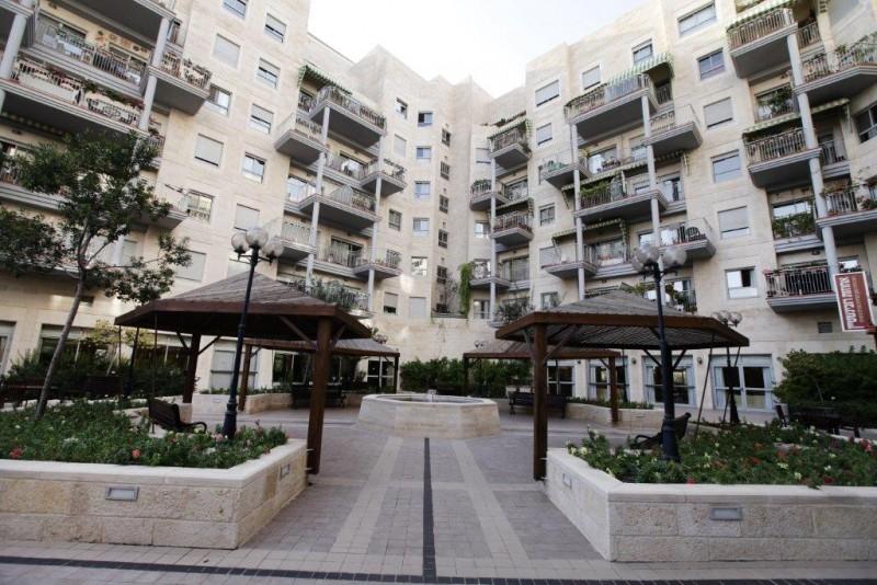 הדיירים מרוצים בדיור מוגן אחוזת בית הכרם ירושלים