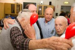 חוגים והעשרה בדיור מוגן בתל אביב