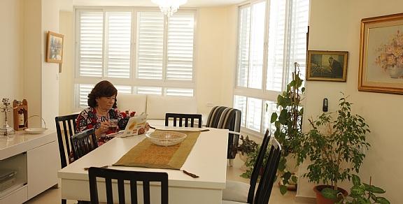 חדר מרווח בדיור מוגן רמת תמיר נווה הדר