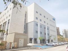 חדר גדול ונעים במחלקה הסיעודית