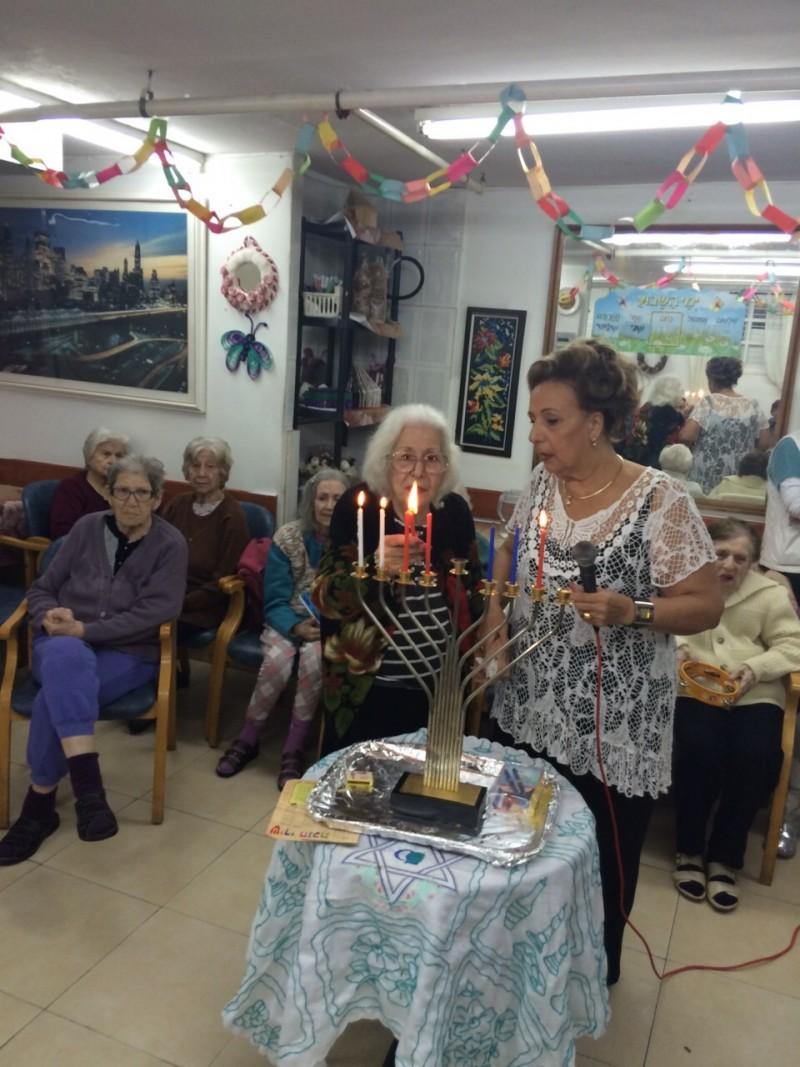 חדר לדוגמא בבית רבקה בחולון בית אבות לעצמאיים